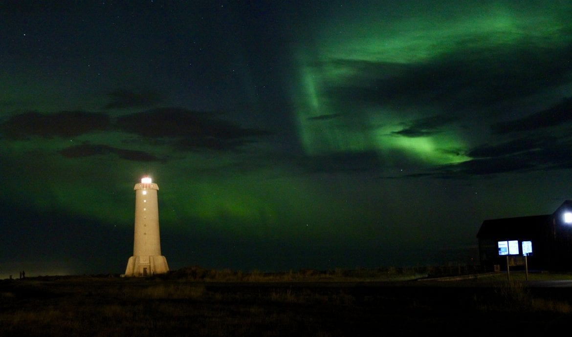 photograph aurora borealis with lighthouse iceland