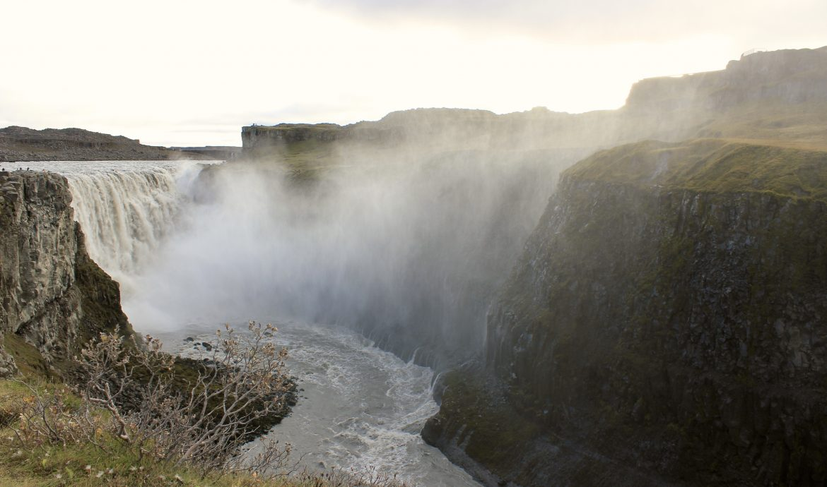 iceland travel deals